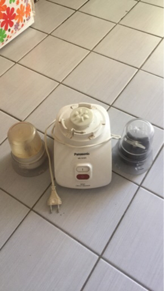 Used Panasonic dry grinder with 2 cups in Dubai, UAE