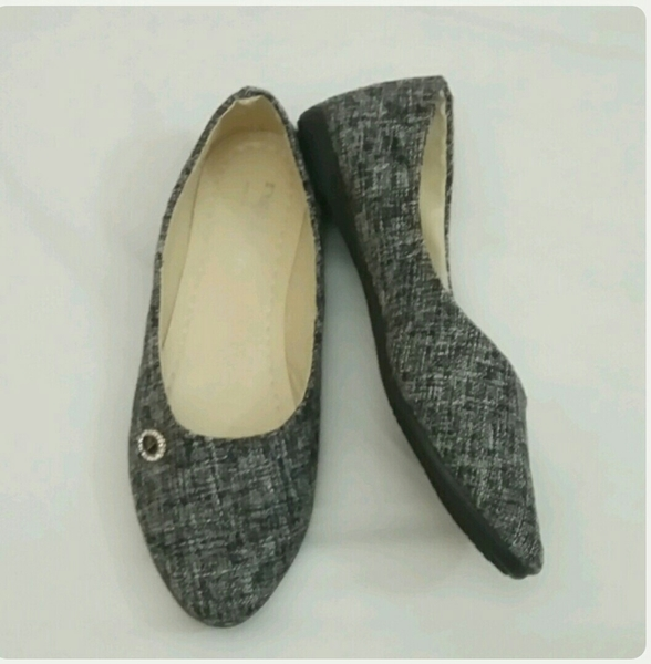 Used Flat Shoes Grey Color linen size-37 in Dubai, UAE