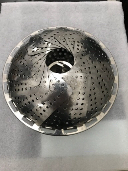 Used Unique steaming food holder never used in Dubai, UAE
