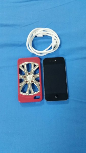 Used IPhone 4s 16 gb in Dubai, UAE
