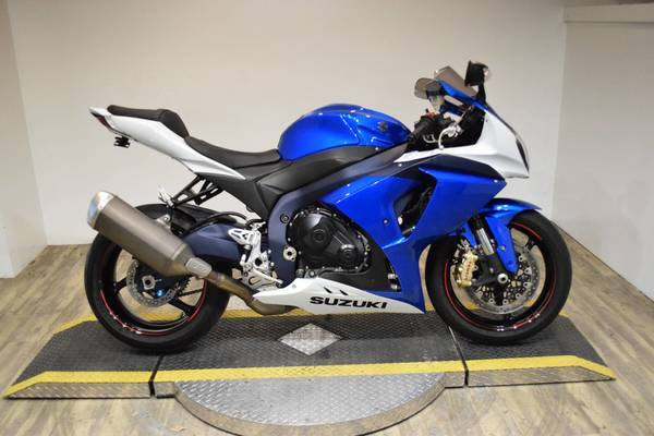 Used 2013 SUZUKI GSX-R1000 FOR SALE in Dubai, UAE