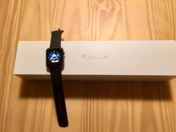 Used Apple watch 42mm Sport series 1 in Dubai, UAE