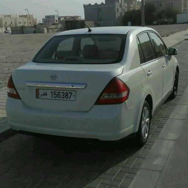 Used Nissan TIIDA in Dubai, UAE