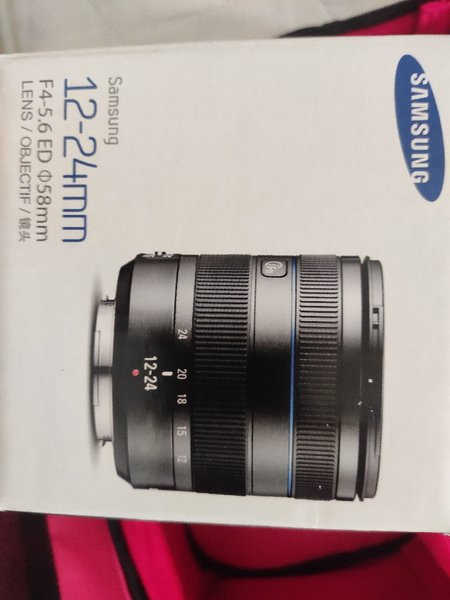 Used SLR Samsung nx1000 wifi  camera in Dubai, UAE