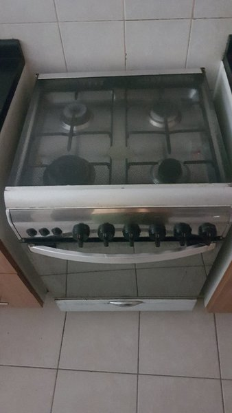 Used Super General 4 Burner Stove with Oven in Dubai, UAE