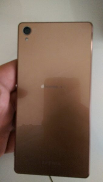 Used Sony Z4 in good. Condition in Dubai, UAE