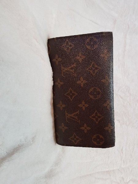 Used Louis Vuitton Monogram Wallet (Pls Read) in Dubai, UAE