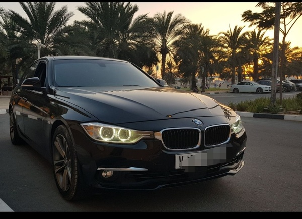 Used Bmw 3 series 328i in Dubai, UAE