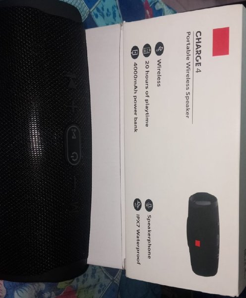 Used CHARGER 4 BLUETOOTH SPEAKER in Dubai, UAE
