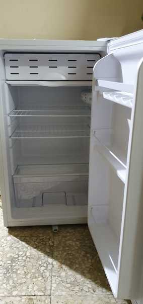 Used First1 130ltr fridge in Dubai, UAE