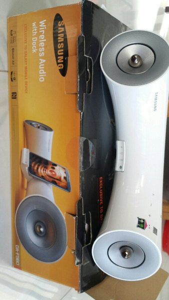 Used Samsung Wireless Audio With Dock in Dubai, UAE