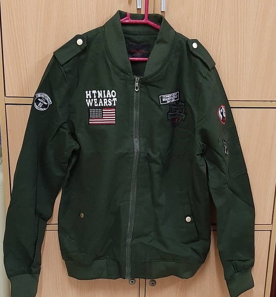 Used Jacket L size for him ! in Dubai, UAE