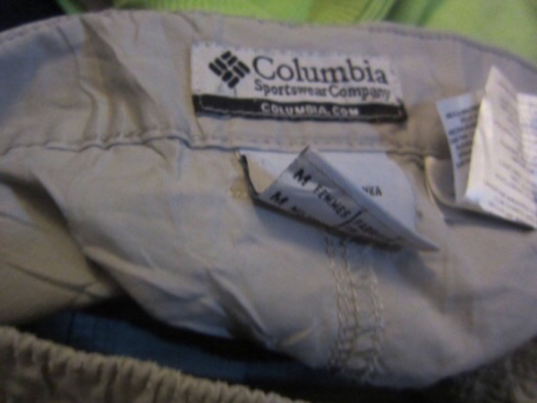 Used Colombia pants size M in Dubai, UAE