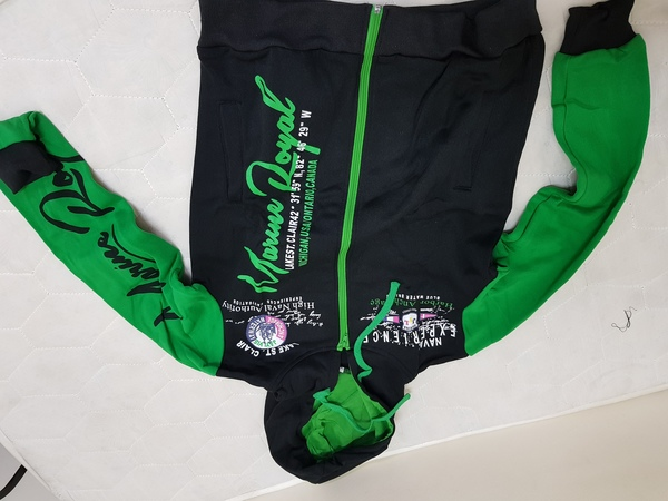 Used Sports suits m size/)(+ in Dubai, UAE