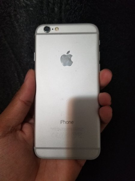 Used iPhone 6 / 64 GB in Dubai, UAE