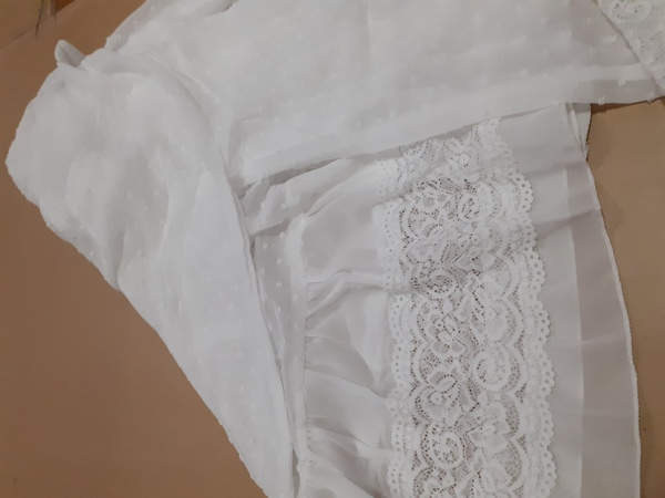 Used Transparent white outer for her in Dubai, UAE