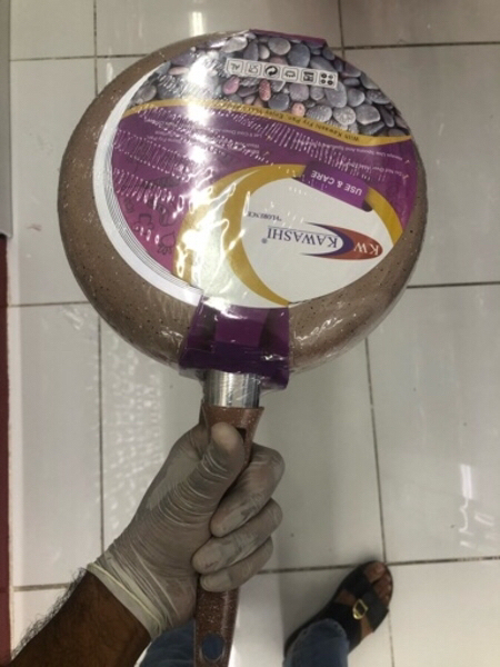 Used Fry pan with glass cover..24 CM/ new in Dubai, UAE