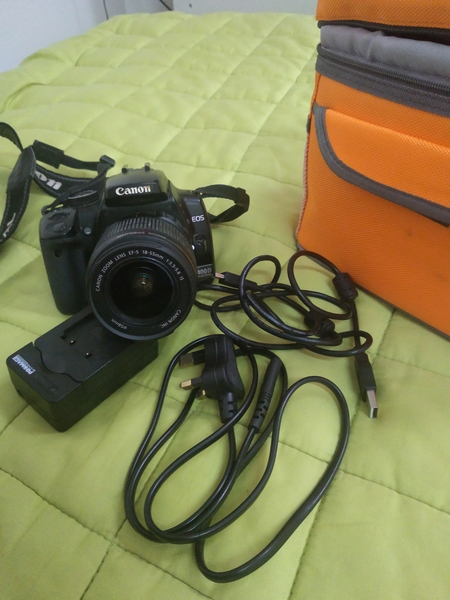 Used Canon camera for sale in Dubai, UAE