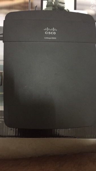 Used Cisco linksys e900 router in Dubai, UAE