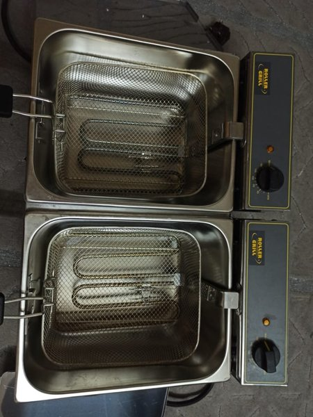 Used Roller Grill for fries and all in Dubai, UAE