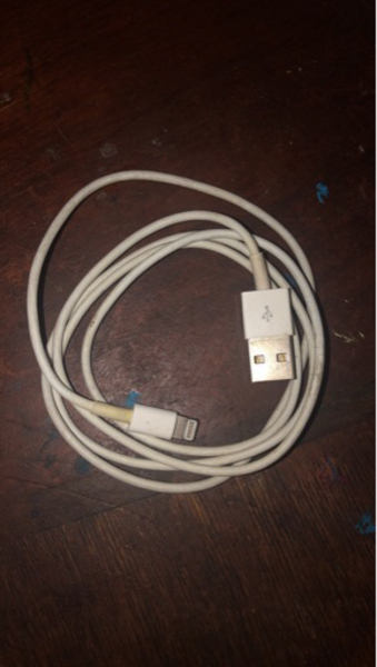 Used iPhone Charger Cable in Dubai, UAE