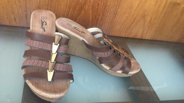"""Used 2 set of 36""""size scandals new  in Dubai, UAE"""