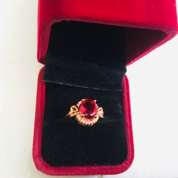 Used Luxury  Gold Ruby Diamond ring size6 in Dubai, UAE