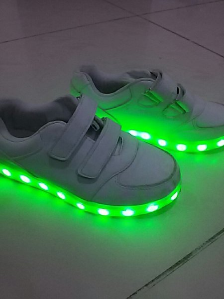 Used LED light shoes size F35 in Dubai, UAE