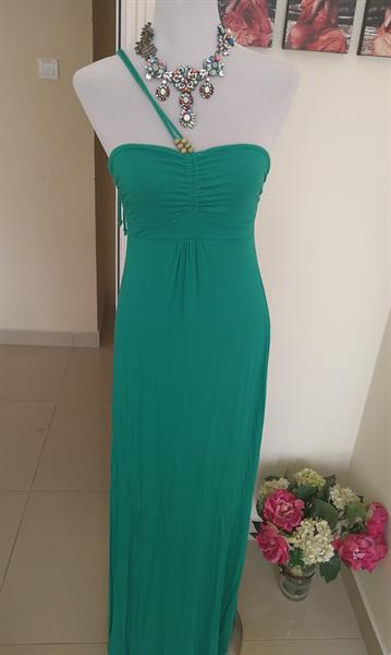 Emerald Green Dress. Stretch.