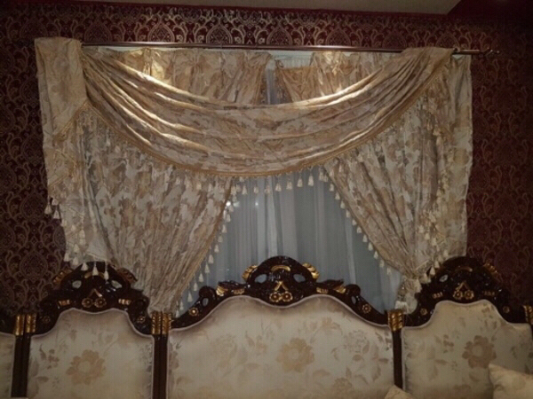 Used Elegant Curtains complete 2 sets 👍🏼 in Dubai, UAE