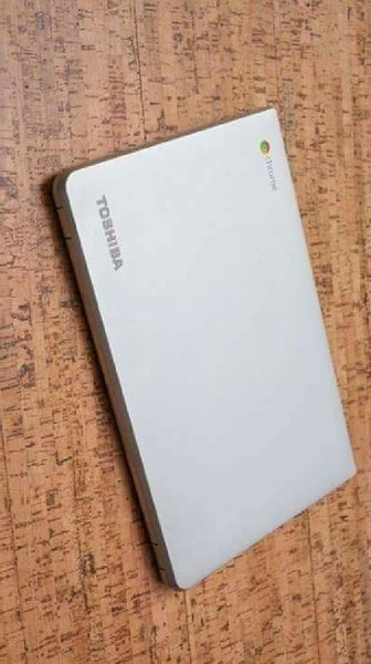 Used Toshiba chromebook 13.5  inches in Dubai, UAE