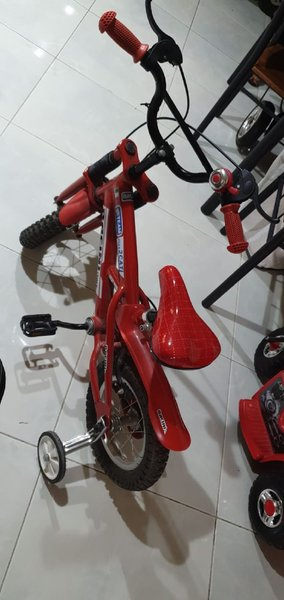 Used Bicycle 12 inch for kid good condition in Dubai, UAE