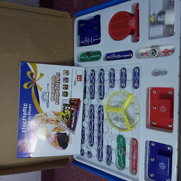 Used Kids toy ELECTRONIC BUILDING BLOCK in Dubai, UAE