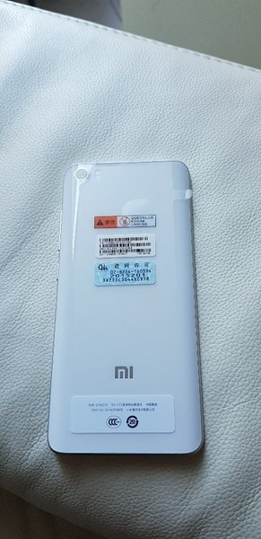 Used Xiaomi mi5 in Dubai, UAE