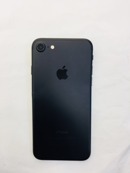 Used Iphone 7 -128gb  in Dubai, UAE