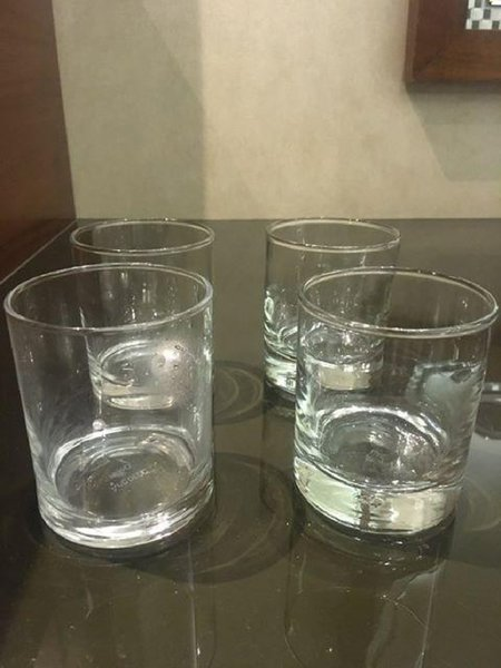Used 4 glasses new in Dubai, UAE