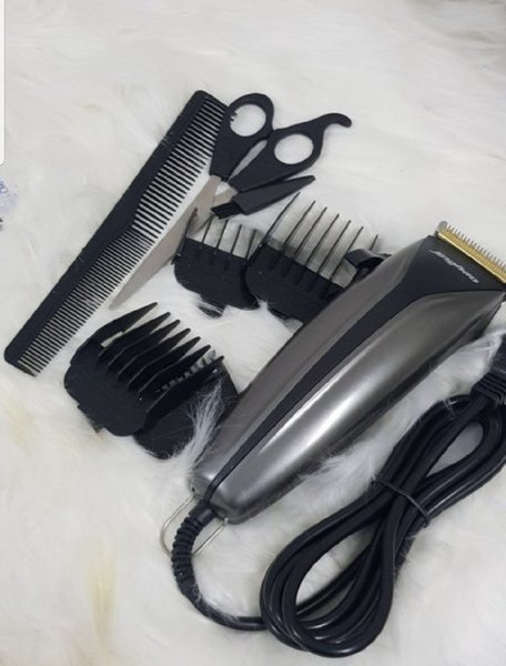 Used JINGHAO BEST HAIR CUT FULL FUNCTIONS l in Dubai, UAE
