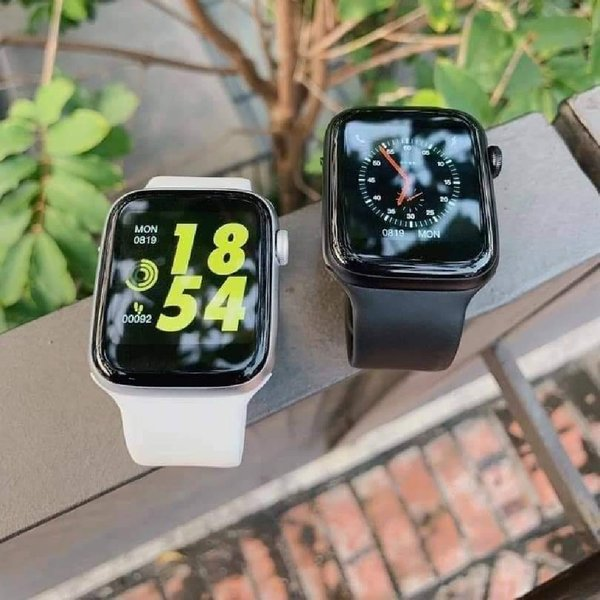 Used W34 smart watch best series 5 get buying in Dubai, UAE