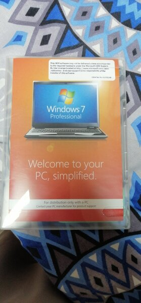 Used Original Windows 7 New Not Used in Dubai, UAE