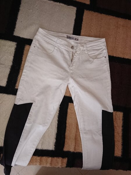 Used Two Trouser pants 31 32 giveaway price in Dubai, UAE