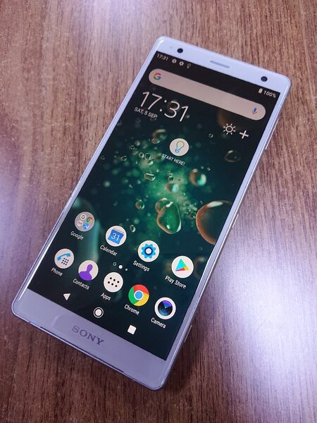 Used Sony xperia xz2 mobile 64gb in Dubai, UAE