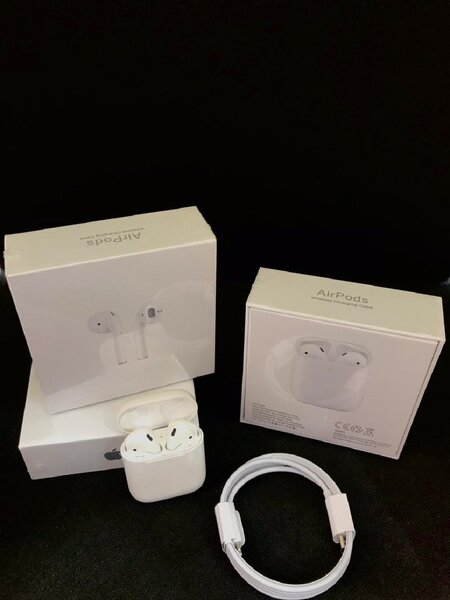 Used Apple Airpods Gen 2 High Quality💥💥💥💥 in Dubai, UAE