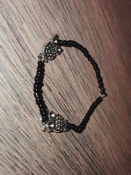 Used Handmade bracelet with anklet in Dubai, UAE