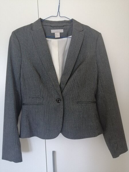 Used 5 Womens Jackets Bundle. Sizes: S, XS in Dubai, UAE