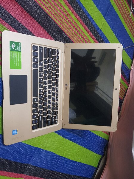 Used Laptop zed air in Dubai, UAE