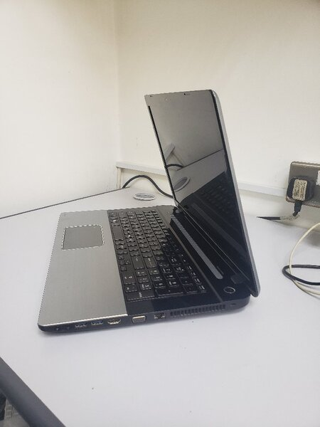 Used Toshiba i7 12gb ram in Dubai, UAE