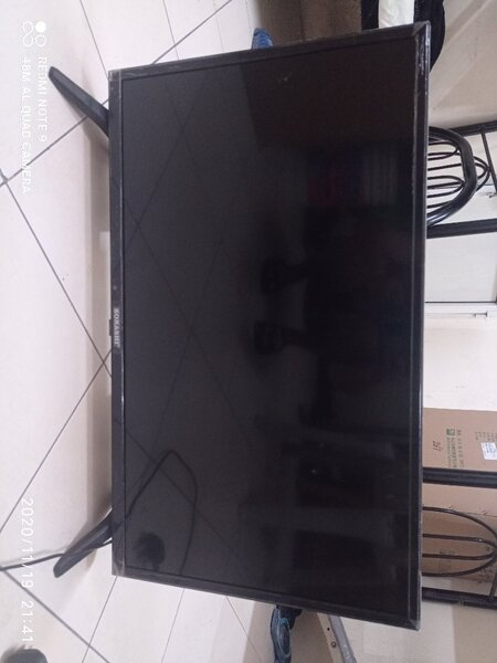 Used Sonashi Smart android Tv woth sound bar in Dubai, UAE