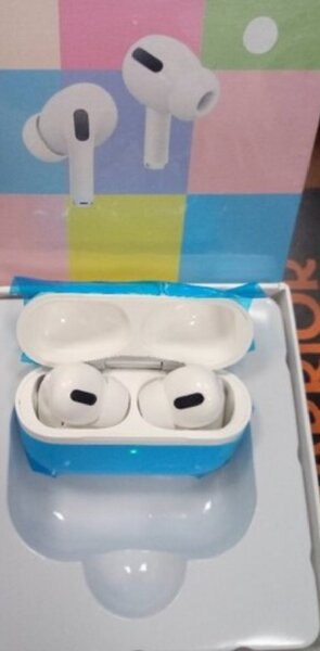Used Better Airpods pro new in Dubai, UAE