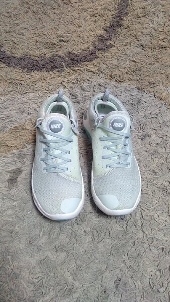 Used Nike joyride shoes size 40 new in Dubai, UAE