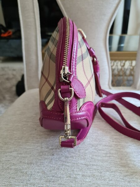 Used AUTHENTIC BURBERRY LEATHER SLING BAG.. in Dubai, UAE